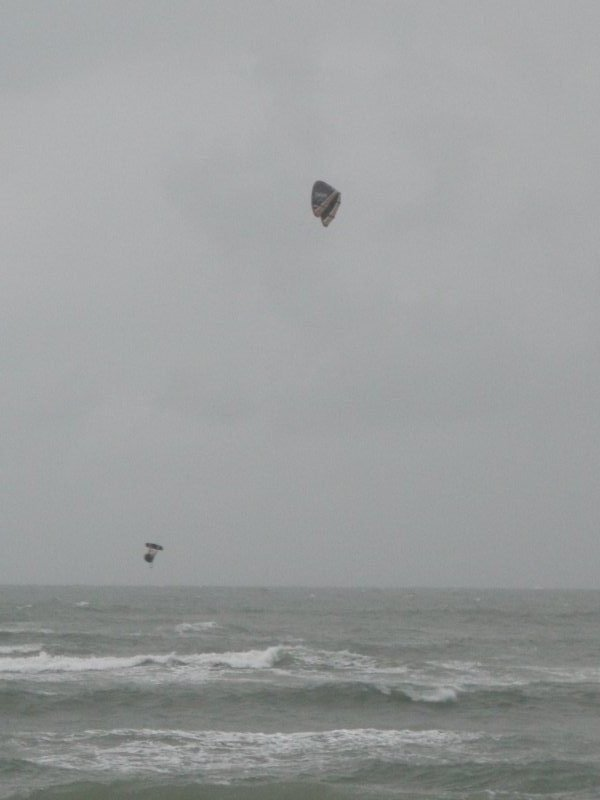 30-45mph wind at the Cove, Cape Hatteras