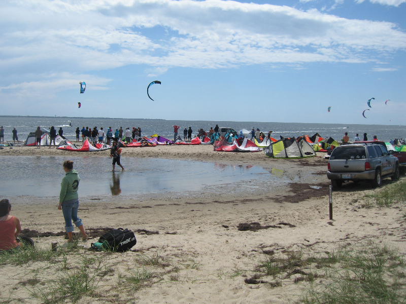 Triple S at Kite Point, Avon, NC with Kite Club Hatteras. KIteboarding Tricks