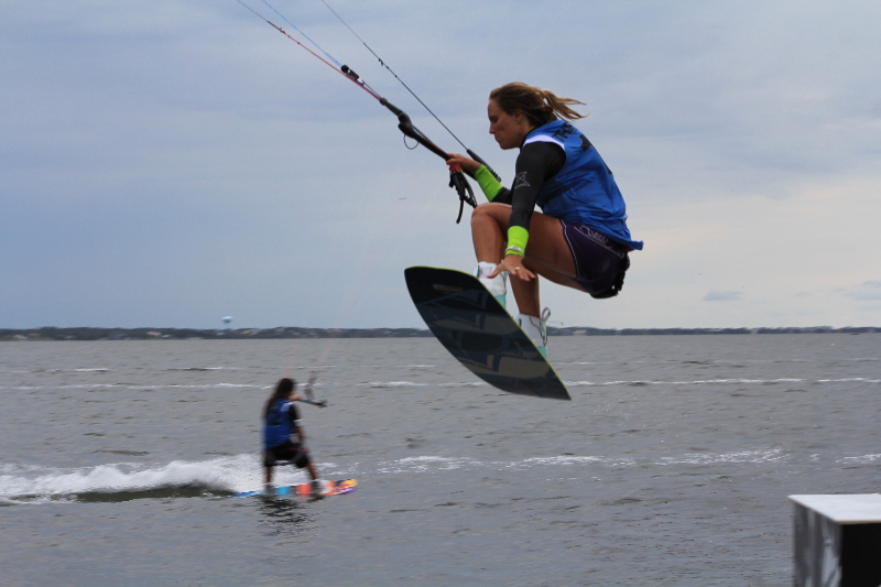 img_8566Triple S at Kite Point, Avon, NC with Kite Club Hatteras. KIteboarding Tricks, Kris Kinn
