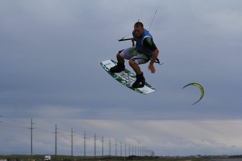 Triple S at Kite Point, Avon, NC with Kite Club Hatteras. Handle Pass KIteboarding Trick