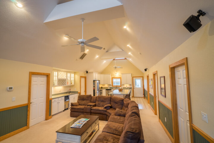 Kite Club Hatteras Guest House - common room