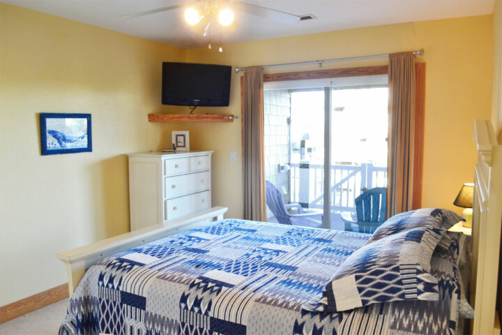 Kite Club Hatteras Guest House - private room
