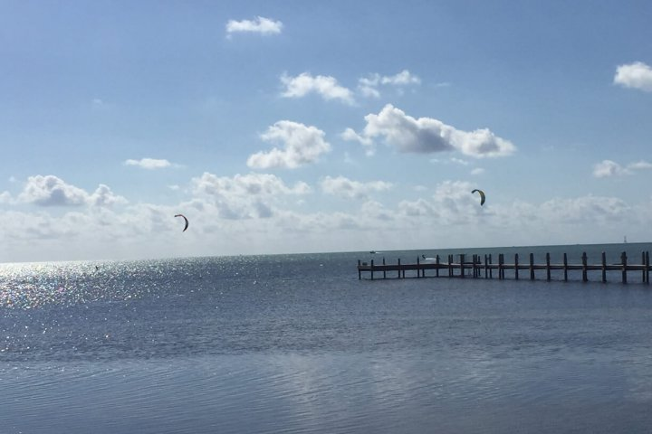 Winds are starting to fill in for kitesurfing
